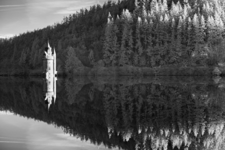 Lake Vyrnwy - Infrared Hoya R72