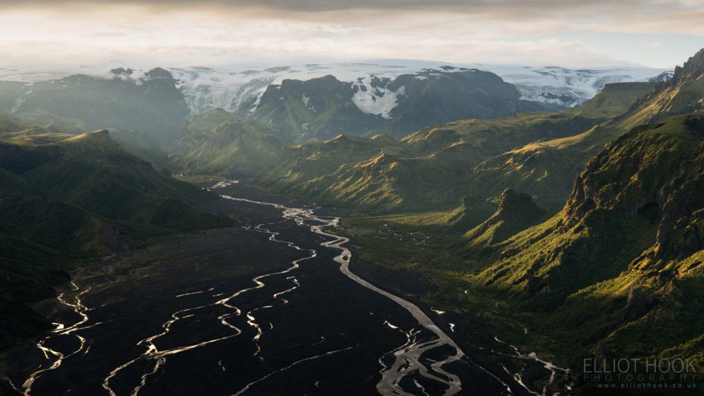 Mýrdalsjökull from Valahnúkur on the Laugavegur trail