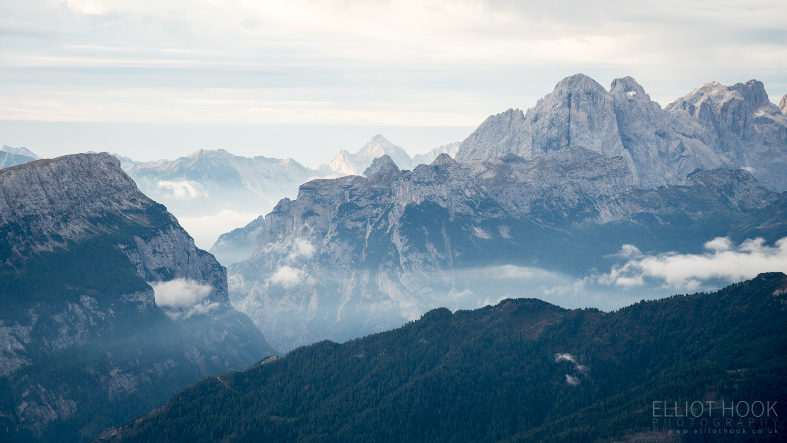 Dolomites view south from Lagazuoi