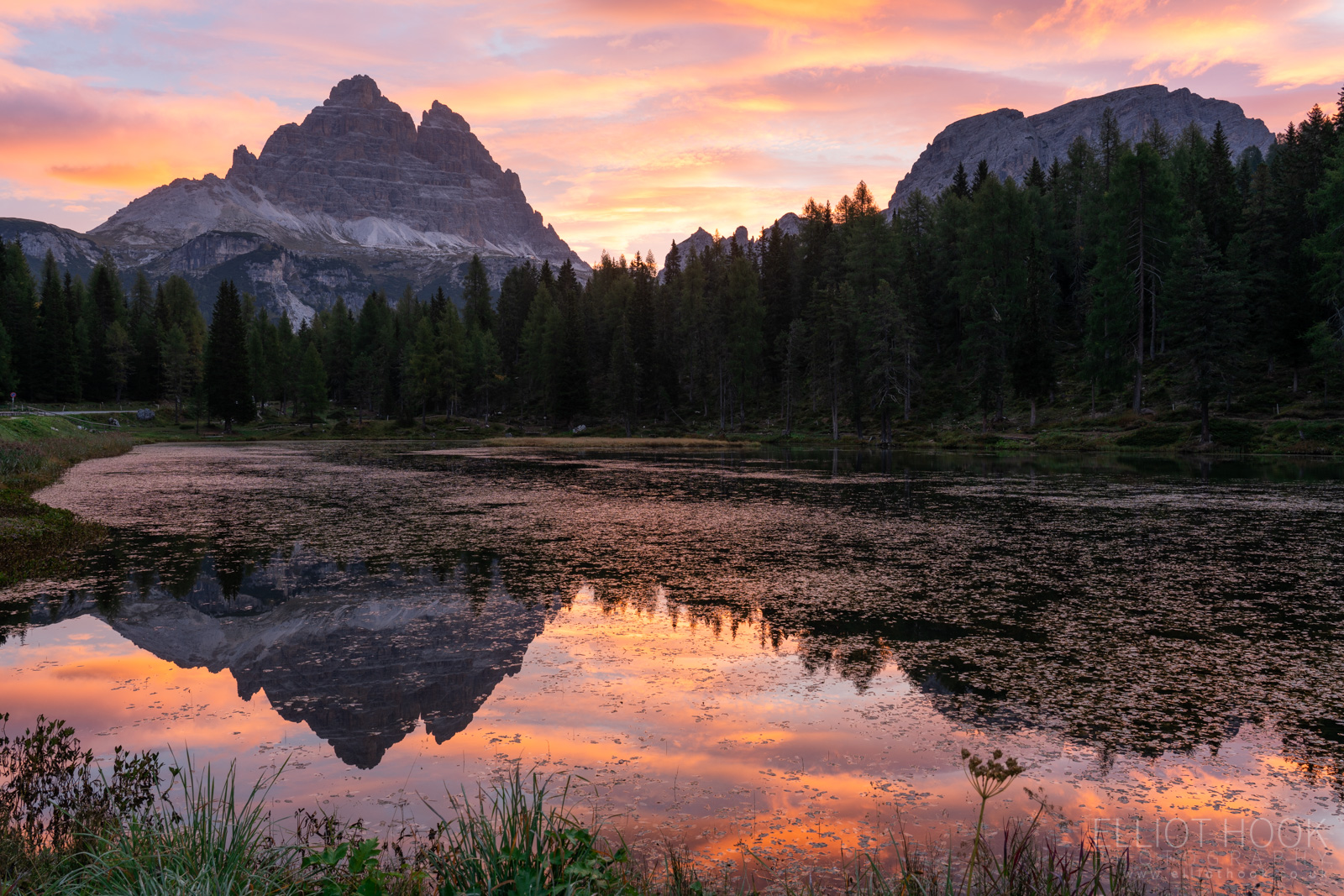 Sunrise at Lago Antorno in the Dolomites
